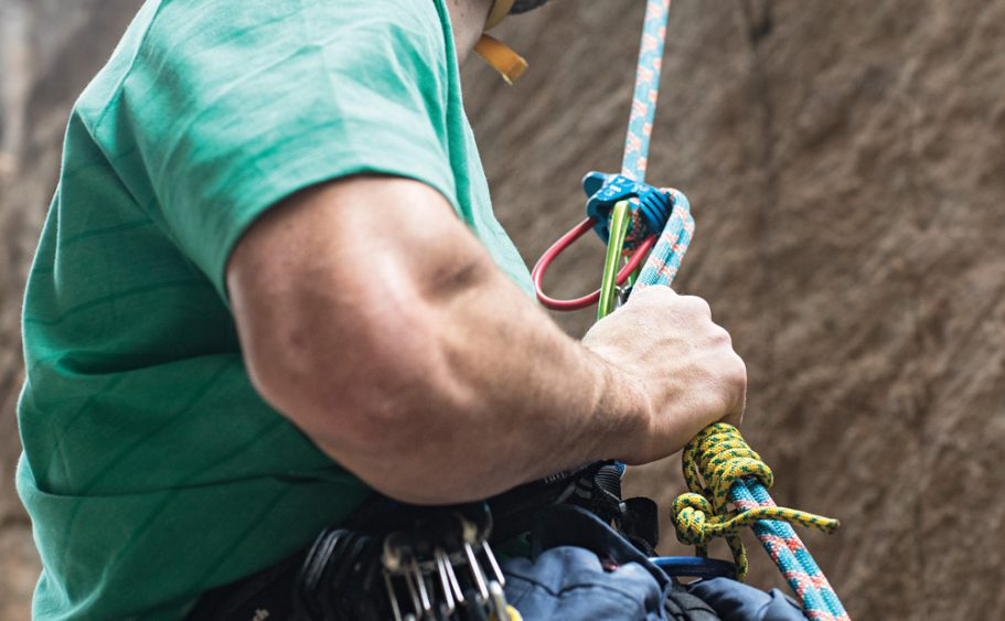 How to Climb: How to Rappel, and Get Down Safe and Sound