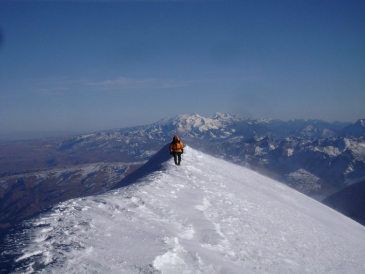 Kausch Breaks Record for 6000m Peaks Climbed in Andes - Rock