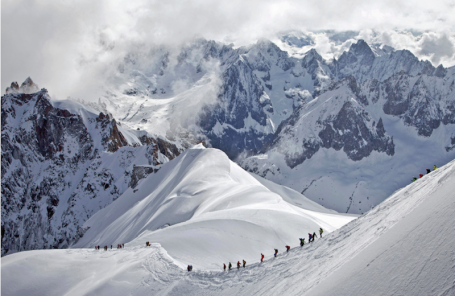 The Illusion of Safety – Eight Die in a Weekend in the Alps in Roped Falls