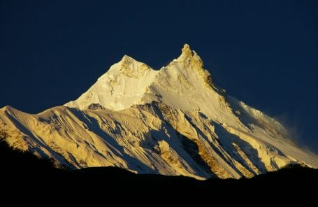 Manaslu: Expeditions Unable to Get Supplies; Helicopter Crash Kills 6