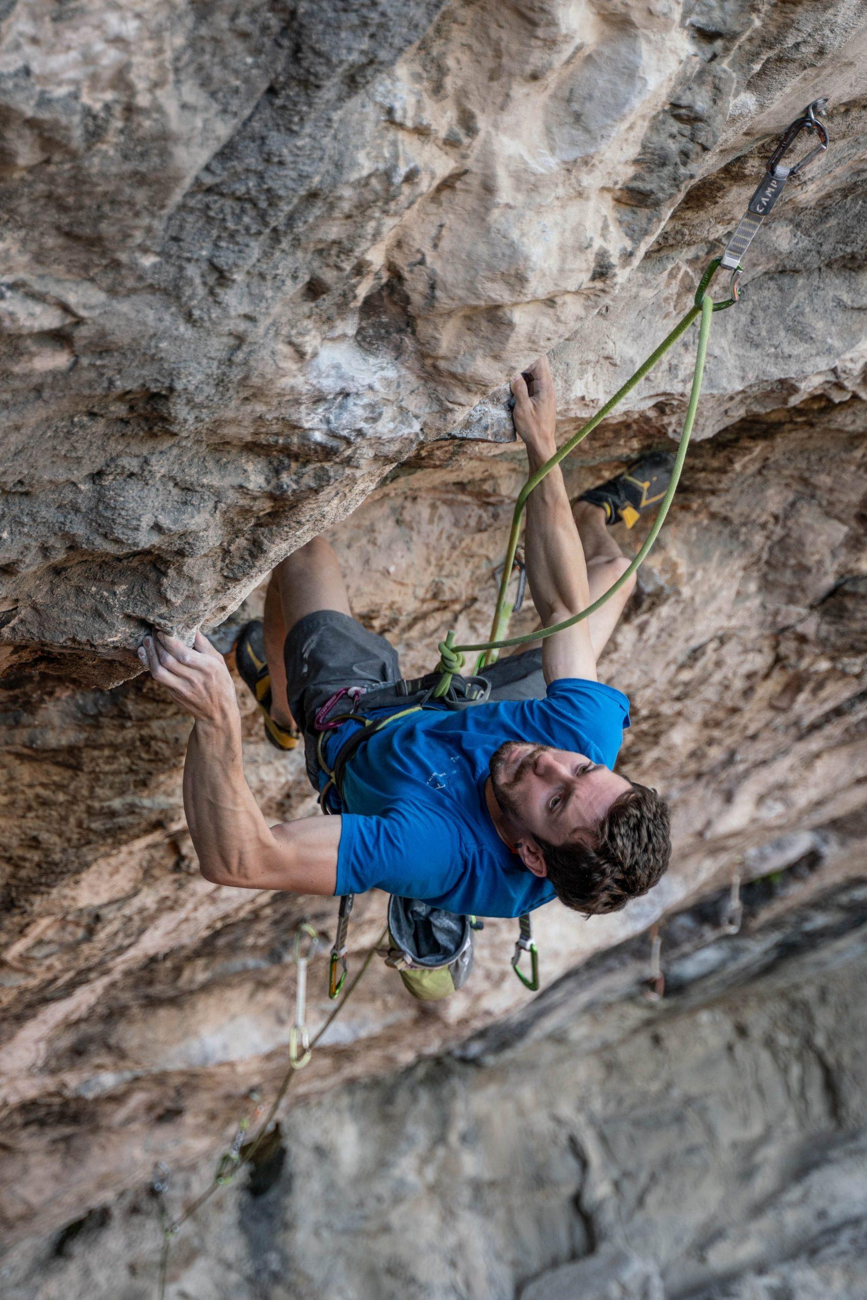 Stefano Ghisolfi climbing Erebor.