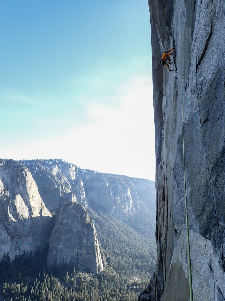 "<em>El Niño</em> (5.13c), 30 pitches, Southeast Face, El Cap, Yosemite. Photo courtesy of Robbie Phillips."" title=""<em>El Niño</em> (5.13c), 30 pitches, Southeast Face, El Cap, Yosemite. Photo courtesy of Robbie Phillips."" style=""float: right; margin: 0px 0px 10px 10px;"">    <strong style="