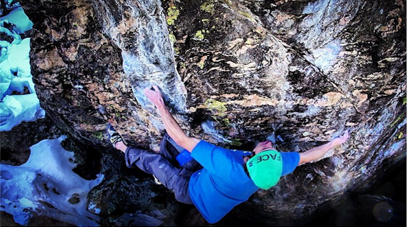 Woods sending the sit-start to The Ice Knife last weekend.  Photo by Beau Kahler.
