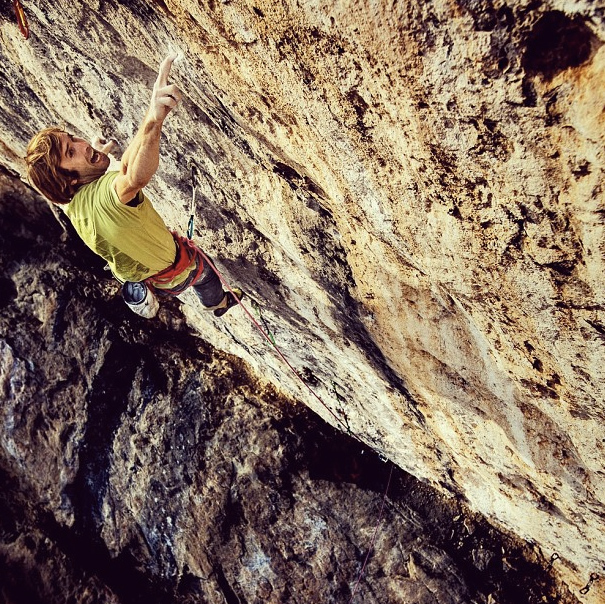 "Chris Sharma on <em>La Dura Dura</em> (5.15c). Photo"" Bernardo Gimenez."